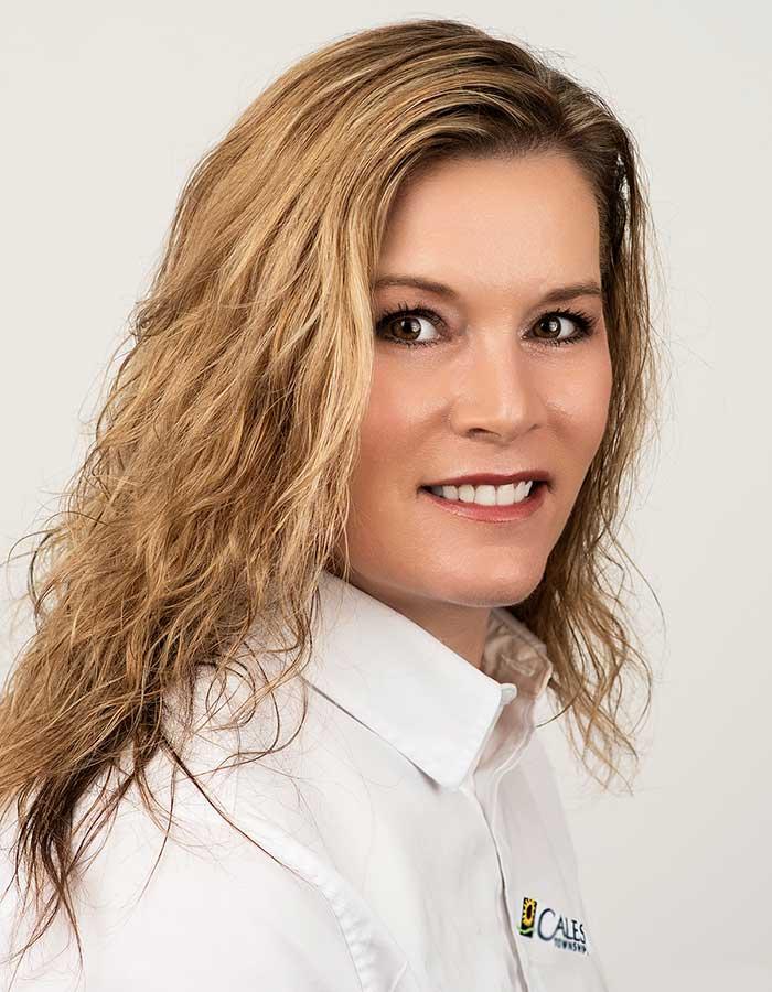Michelle Martin Licensed Real Estate Associate for Calesa Township Ocala, FL