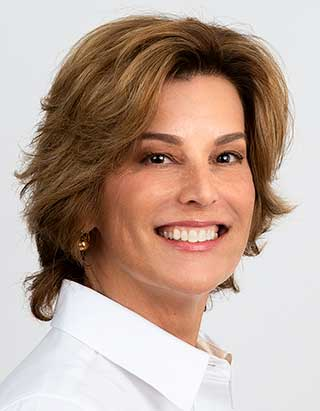 Rachel Callegari Licensed Real Estate Associate for Calesa Township Ocala, FL